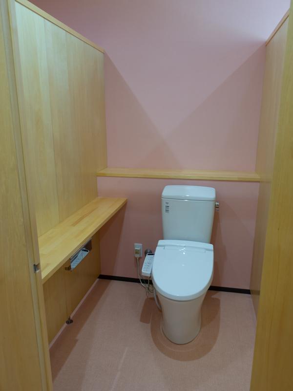 トイレ 木製カウンター